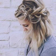 11 Best Braiding Video Tutorials This schoolgirl favorite is all grown up. See the 12 new braided hairstyles we can't get enough of and learn exactly how to do them New Braided Hairstyles, Pretty Hairstyles, Wedding Hairstyles, Hairstyle Ideas, Toddler Hairstyles, Quinceanera Hairstyles, Braided Hairstyles Tutorials, Wedding Updo, Braided Updo