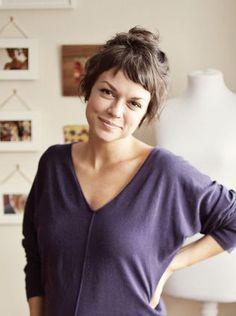 Baby Bang - tendência de cabelo - Claudia BartelleClaudia Bartelle