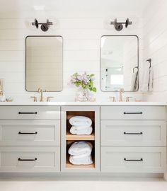 Bathroom Crafts, Bathroom Kids, Bathroom Renos, Bathroom Remodeling, Shiplap Bathroom Wall, Remodel Bathroom, Small Master Bathroom Ideas, White Master Bathroom, Budget Bathroom