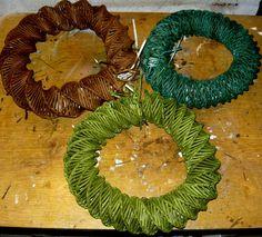 Hand made by Maggii: Jak zrobić wianki z papierowej wikliny