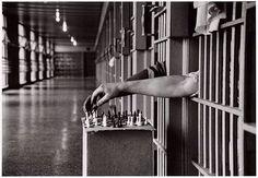 http://www.tsu.co/TRANVANHAO Tù nhân chơi cờ vua từ các tế bào của họ ở Attica sở Correction, New York, 1972.