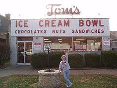 Tom's Ice Cream Bowl, Zanesville, Ohio