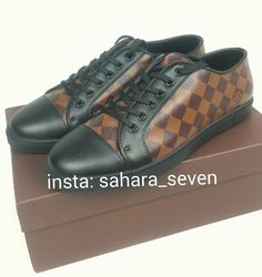 The best collection of LUIS VUITTON shoes to wear in all kinds of events. Modern designs for men, women and children. Luis Vuitton Shoes, Zapatos Louis Vuitton, Front Row, Modern Design, Events, Children, Sneakers, How To Wear, Collection