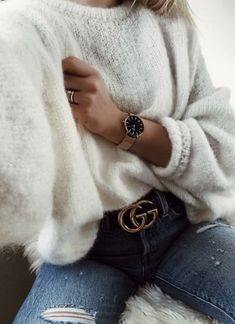 → pinterest || @gaelynhoran photo ideas, outfit ideas, style, denim, gucci, sweater, winter outfits