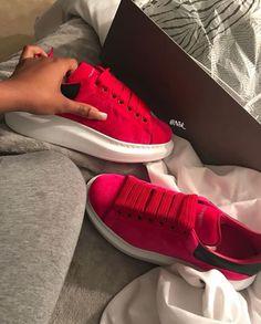 Sock Shoes, Shoe Boots, Shoes Sandals, Fancy Shoes, Cute Shoes, Cute Sneakers, Shoes Sneakers, Sneakers Fashion, Fashion Shoes