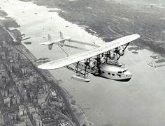 Amazon.com: 1931 Sikorsky Pan Am Clipper Over Hudson New York Historical Photo…