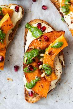 pumpkin crostini sandwich