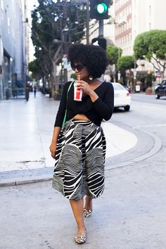 The Tiny Closet: The Skirt: A Cure For The Common Day