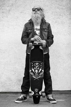 Playshion Drop Through Freestyle Longboard Skateboard Cruiser Longboards, Skate Surf, Pro Skate, Skateboards, Skateboard Art, Streetwear, Hipster, Mens Fashion, Black And White