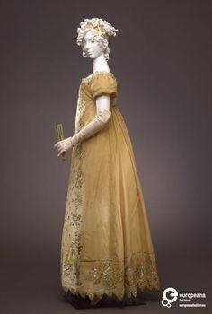 1807-1812 ca.Abito femminile di gala. palazzo pitti