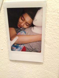 """[FANTAKEN] 130810 BWCW (Boy who cried wolf) Pop-up store - Chanyeol polaroid~ sweet dream cutie >,<"""