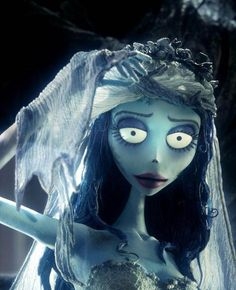 Here is another character Emily from Corpse Bride where button has used the blue and purple hues. Another notable aspect of this character is the shape of the eyebrows, Tim Burton does this a lot with his characters to create a distressed, sad face. Corpse Bride Movie, Corpse Bride Art, Emily Corpse Bride, Corpse Bride Costume, Tim Burton Corpse Bride, Corpse Bride Tattoo, Film Tim Burton, Tim Burton Characters, Tim Burton Style