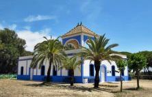 Discover the best photos of La Casita Azul, Centro de Visitantes in Isla Cristina with the help of other travelers on minube The Help, Cool Photos, Mansions, House Styles, Places, Travel, Littoral Zone, South Beach, Costa De La Luz