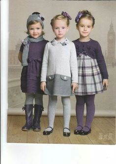 the one on the left - petite robe en laine Little Girl Outfits, Little Girl Fashion, Toddler Fashion, Toddler Outfits, Kids Fashion, School Fashion, Outfits Niños, Kids Outfits, Gray Outfits