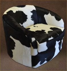 A small little cowhide swivel chair, perfect for small spaces! Morgan >> Double L Furniture - Wholesale Custom Leather Furniture Western Furniture, Custom Furniture, Furniture Decor, Round Chair, Round Ottoman, Western Bedding Sets, Black Forest Decor, Leather Pillow, Wholesale Furniture