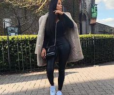 image discovered by 𝓑𝓮𝓪𝓽𝓻𝓲𝓬𝓮. Discover (and save!) Your images and videos on We Heart It Outfits 2019 Outfits casual Outfits for moms Outfits for school Outfits for teen girls Outfits for work Outfits with hats Outfits women Winter Fashion Outfits, Fall Winter Outfits, Look Fashion, Girl Fashion, 2000s Fashion, Dope Outfits, Classy Outfits, Stylish Outfits, Mode Ootd
