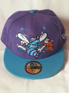 Charlotte Hornets NBA Baseball Cap Dad Hat Fitted NewEra 59Fifty 90s 71 4  58cm 5f107e5ca