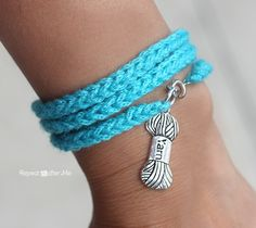 Crochet I-Cord Bracelet with Yarn Charm - Repeat Crafter Me