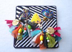 ウッドビーズカラーチュールフリンジピアス Wallet Pattern, Homemade Jewelry, Resin Jewelry, Beaded Embroidery, Handicraft, Making Ideas, Earrings Handmade, Vintage Inspired, Free Pattern