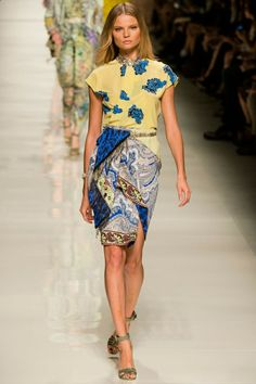 Etro Spring 2014 RTW - Runway Photos - Fashion Week - Runway, Fashion Shows and Collections - Vogue