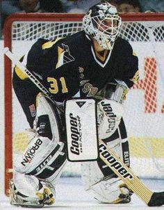 Ken Wregget Hockey Goalie Gear, Ice Hockey Teams, Hockey Games, Hockey Stuff, Pittsburgh Penguins Goalies, Pittsburgh Sports, Nhl Season, Lets Go Pens, Goalie Mask