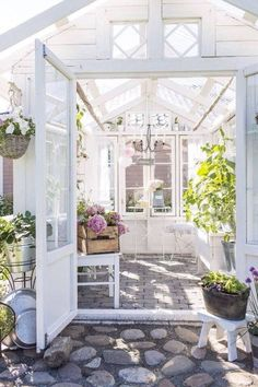 Every thought about how to house those extra items and de-clutter the garden? Building a shed is a popular solution for creating storage space outside the house. Whether you are thinking about having a go and building a shed yourself Greenhouse Shed, Greenhouse Gardening, Indoor Greenhouse, Underground Greenhouse, Homemade Greenhouse, Portable Greenhouse, Small Greenhouse, Outdoor Rooms, Outdoor Gardens
