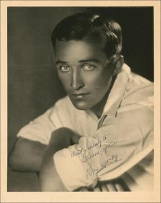 Had to pin it.  Don't think I've ever seen Bing Crosby this young.  Wow!  Wow! Wow! Amazing eyes.