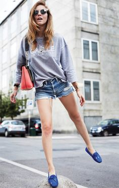 TOD'S GOMMINO LOAFERS GAELLE BONHEUR SWEATSHIRT LEVI'S SHORTS CHLOE' CLARE LEATHER BAG DSQUARED LIMITED EDITION SWAROVSKI CRYSTALS SUNGLASSES