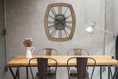 Ceas de perete York #homedecor #inspiration #interiordesign #livingroom #wallclock Interiores Design, Cabana, Yorkie, Conference Room, Table, Furniture, Home Decor, Yorkies, Decoration Home