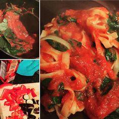 When it's shop day tomorrow and you've got veg to use up - PASTA SAUCE! #fillingfood #fitfam #food #foodfeed #dinner #vegan #vegans #veggie #veganfood #vegangirl #veganfoodshare #glutenfreelife #glutenfree #glutenfreevegan #veganfoodporn #pasta #quickmeal by vics_eat_train_diaries