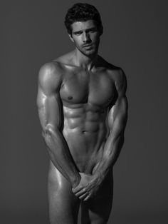 Breno Di Grazia by Wong Sim Most Beautiful Man, Gorgeous Men, Charming Man, Hommes Sexy, Guy Pictures, Male Physique, Nude Photography, Male Beauty, Hot Guys