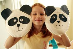 Panda puppets - from paper plates. Easy! Finally found my playgroup idea for tomorrow!