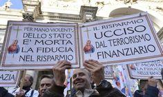 """M5s: """"Un disegno perverso spinge il sistema bancario italiano verso il fallimento"""""""