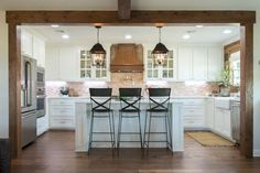 Top 42 Kitchen Design Inspirations from Joanna Gaines