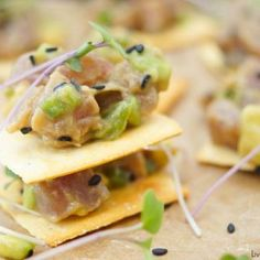 This delicious tuna tartare recipe is made with avocado and dressed in an Asian sauce. The perfect healthy appetizer served on top of a cracker. Diabetic Birthday Cakes, Tuna Tartare Recipe, Healthy Appetizers, Healthy Recipes, Healthy Snacks, Bread Recipes, Cake Recipes, Crock Pot Bread, Bbq Beef