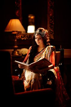 Bipasha Basu really does make a gorgeous bride. Love the maang tika! #beautiful #indian #bride