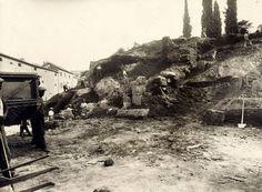 Via delle Teatro Marcello (fine anni '30) Lavori di isolamento della Rupe Tarpea, a sinistra si riconosce il Monastero di Santa Francesca Roman