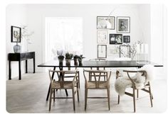 18 beautiful Scandinavian home accessories- 18 schöne Skandinavische Wohnaccessoires 18 beautiful Scandinavian home accessories – – Tepe Time Dining Room Design, Dining Area, Dining Chairs, Dining Table, Dining Corner, Outdoor Dining, Kitchen Dining, Nordic Interior Design, Interior Styling