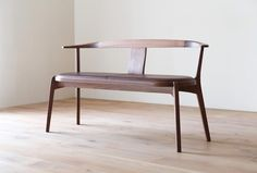 AGILE Settee (upholstery) #家具 #インテリア #セティ #ウォールナット #ダイニング #リビング #アジレ #福岡 #furniture #interior #design #home #room #minimal #wood #walnut #settee #upholstery #dining #living #light #nature #sharp #soft #japan #fukuoka #hirashima #pianoisola #agile