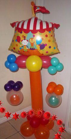 circus balloon column