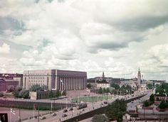Arkistojen aarteet avattiin: Värikuvat vuoden 1952 Helsingistä tuovat mennyttä lähemmäksi