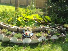 Trash to Treasure Garden Art | ... trash to treasure/mosaic with unusual objects for more garden art