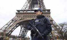 Η ταξιδιωτική ασφάλιση στο επίκεντρο, μετά τις επιθέσεις στο Παρίσι Winter, Philosophy, Winter Time, Philosophy Books, Winter Fashion