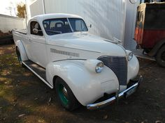 1939 Chev Coupe Ute. Started to get more stylish .