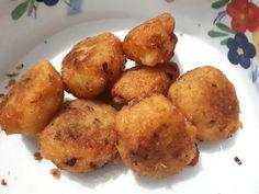 Cassava Salted alias  Kue Singkong Asin.