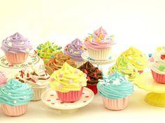 撮影用デコレーションフェイクケーキ☆ライトピンク 5ミニカップケーキ付【レンタルOK】