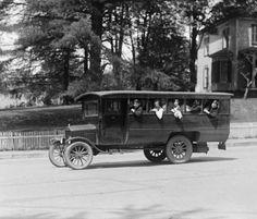 1925 school bus