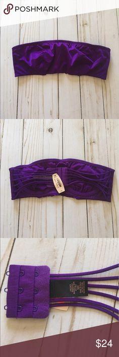 Victoria's Secret bandeau Bra Top New with Tags, size 32C. Underwire/ support. Strapless  retail $32.00. Victoria's Secret Intimates & Sleepwear Bandeaus