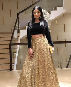 Golden Lehenga Indian Lehenga Marriage ceremony Social gathering put on Designer chaniya choli. Ethnic garments from India. Made to Order Indian Skirt, Dress Indian Style, Dress Outfits, Fashion Dresses, Dress Up, Floral Skirt Outfits, Indian Wedding Outfits, Indian Outfits, Lehenga Indien