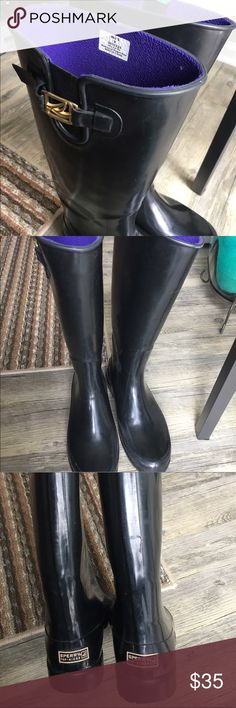 Sperry's rain boots Size 9 women's sperry's rain boots! Lined so they keep your feet super warm! Only worn a handful of times. Decorative buckle on left boot will sometimes come undone as you walk. Sperry Shoes Winter & Rain Boots